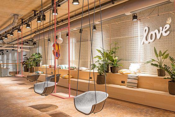 Desain Interior Cafe 2021 4
